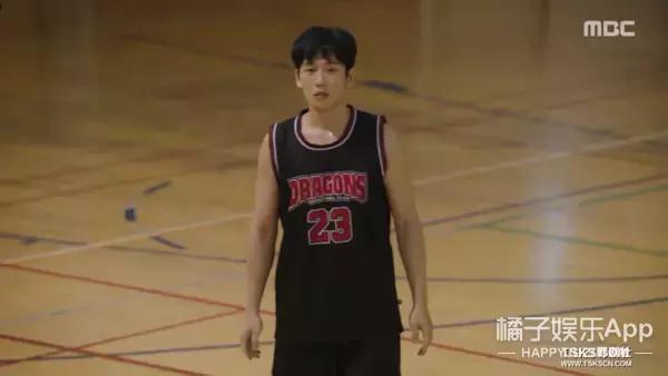 """很久 没看过这么""""三不雅 不正""""的韩剧了-21.jpg"""