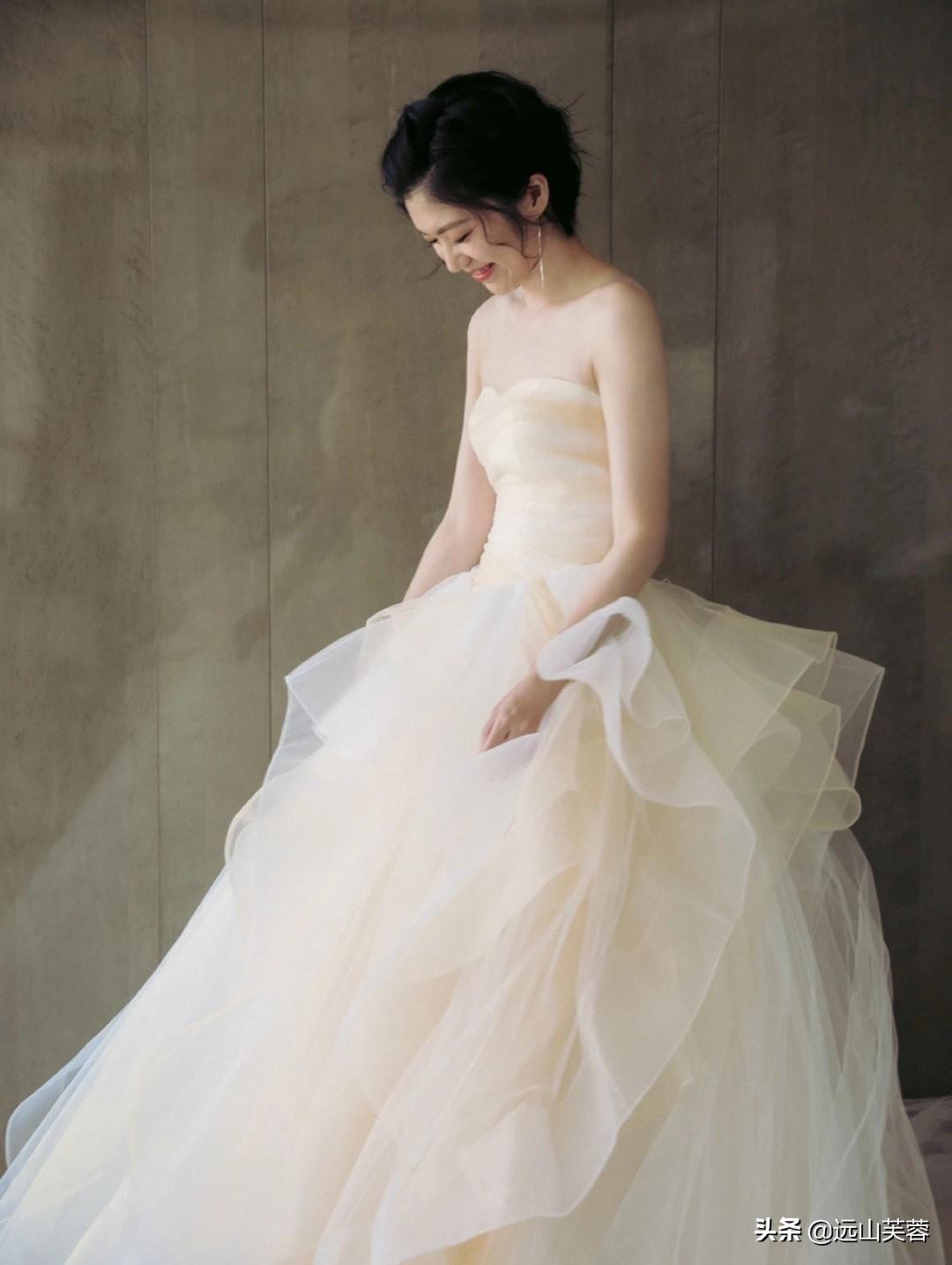 女性穿上婚纱的时候最美-3.jpg