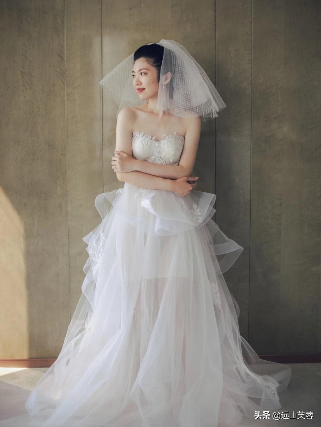女性穿上婚纱的时候最美-7.jpg