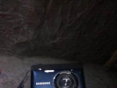 三星相机一部 - 160元