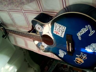 吉他初学者40寸 - 400元