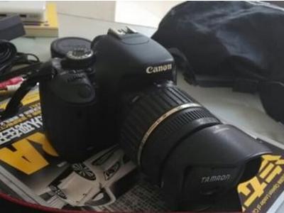 佳能600D单反相机 - 4870元