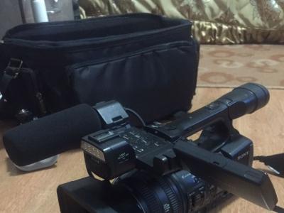 出售索尼HXR-NX3高清摄像机一台