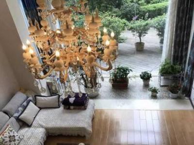 龙泉花园经典复式楼 210平米 仅此一套 双证齐全 免税